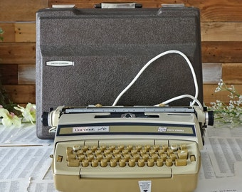 Vintage Smith Corona typewriter Coronet Super 12 SCM Portable  Electric Retro dactylo with Case Working Condition