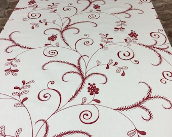 great gift kitchen decor,Home decor Christmas tablecloth Scandinavian design White tablecloth with red garland and berries