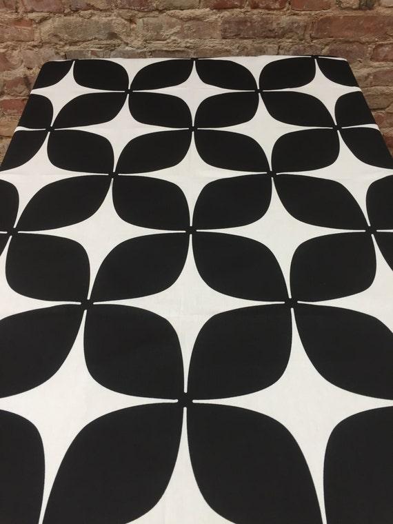 noir et blanc nappe style moderne l gante nappe noir et. Black Bedroom Furniture Sets. Home Design Ideas