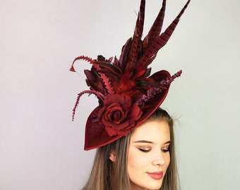 NWT Red Velvet Pillbox Hat W// Red Feather trim Dance Costume 40/'s Holiday
