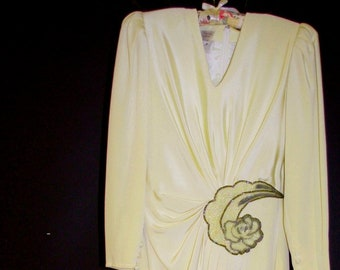 8b791ac284b00c Vintage Wiggle-Cocktail-Glam Silk Dress w Sequin Accent Ivory Color Size 8  By Francesca of Damon for Starington   Ships FREE in US