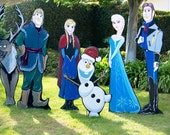 Frozen Christmas Yard Dis...