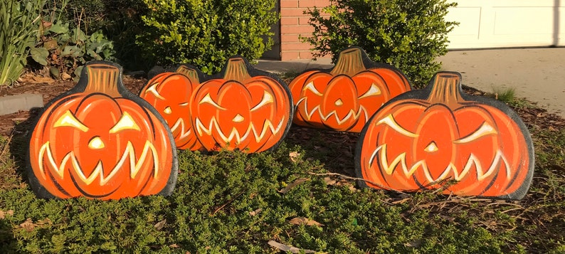 NEW assorted pumpkin lawn displays image 0