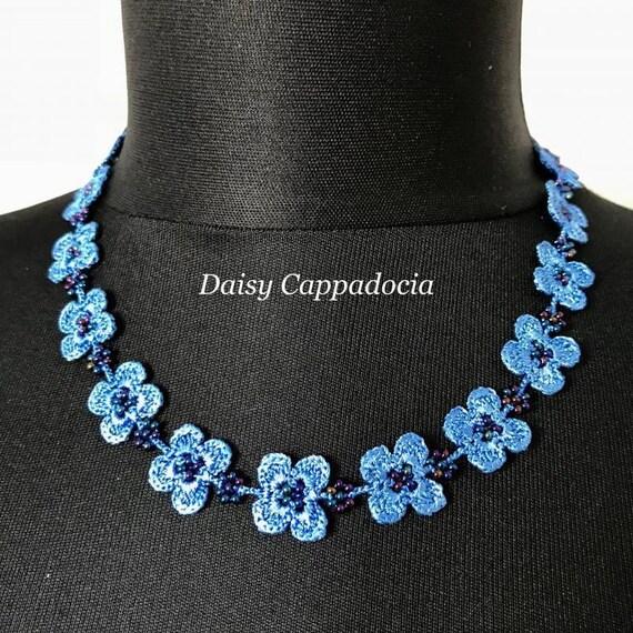 Türkische OYA Spitze Tığ Oya Halskette Kleeblatt blau Damen Halskette Frauen Mode Accessoires