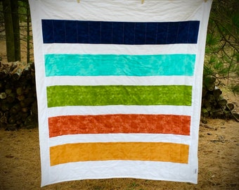 couch throw Mother/'s day gift Shower gift baby quilt Blue and green lap quilt
