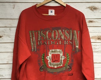 f244ea5772eed2 Vintage 90's University of Wisconsin Badgers crewneck sweatshirt Red Badgers  football basketball crew neck sweatshirt Bucky - Boxy fit Large