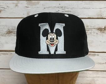 Vintage 90 s Mickey Mouse snapback hat straight brim black and silver snap  back baseball hat vintage hip hop disney Mickey hat 46c18d83f5b8
