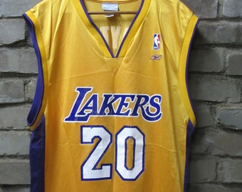 2db6655ab16 Vintage Gary Payton Los Angeles Lakers number 20 jersey Vintage Lakers  basketball yellow home jersey Reebok NBA jersey - Large