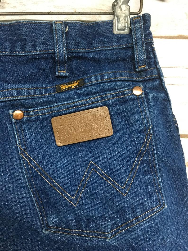 Vintage 80/'s Wrangler Cut off jean shorts Skinnier Leg Dark Wash frayed high waisted hippie boho festival western wear shorts Skinny 30