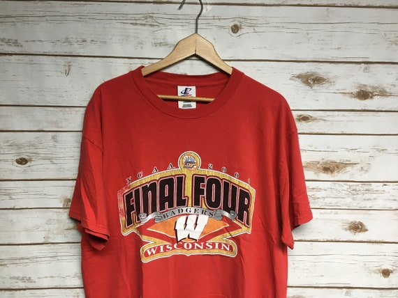 Vintage Wisconsin Badgers Final Four t shirt Badge