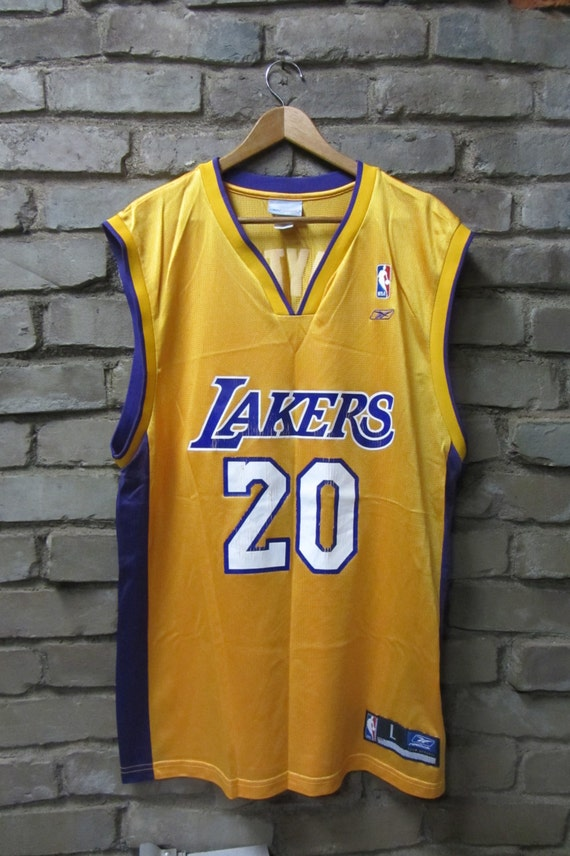 Vintage Gary Payton Los Angeles Lakers number 20 jersey Vintage Lakers basketball yellow home jersey Reebok NBA jersey - Large