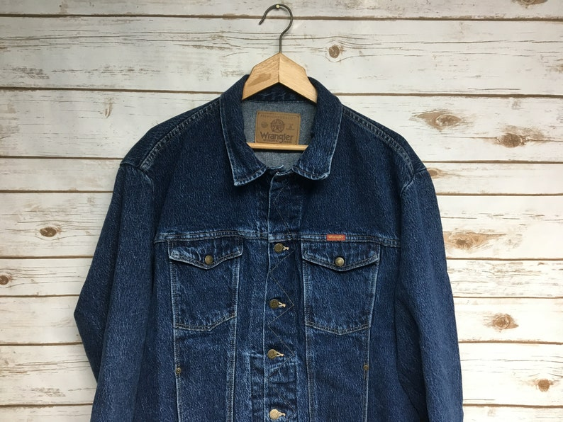 cf3d950c40c Vintage 90 s Wrangler Jean Jacket denim jacket darker wash