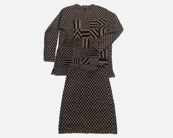 RARE Fendi /SWEATER size42 /SKIRT size40/ Two Piec