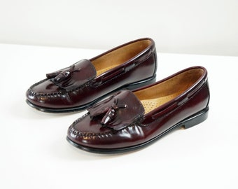 Vintage Bass Weejuns, Womens Loafers, Tassle, Oxblood Leather, Slip on, Preppy