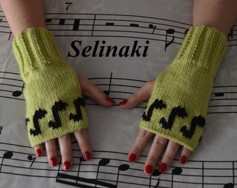 Knit Music Notes Fingerless Gloves Green Mittens Hand Wrist Warmers