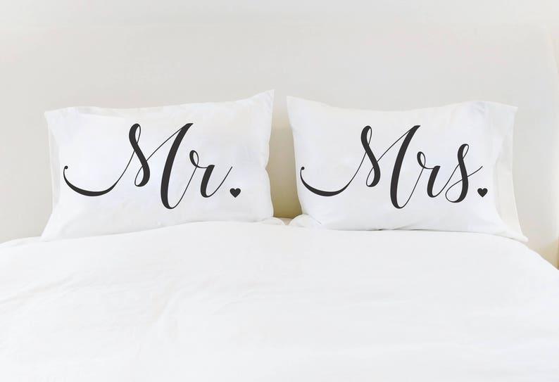Cuscini Mr Mrs.Mr Mrs Pillowcases Couples Pillow Cases Mr Mrs Pillows Unique Etsy