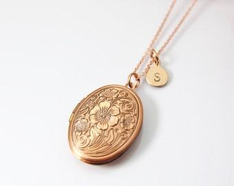 Best Christmas Gift for Mom, Grandmother, Great Grandma, Aunt, Rose Gold Necklace, Flower Locket, Keepsake Photo Frame Charm, N1799