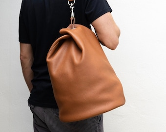Perfect travel bag for weekend and gym Leather messenger bag. Available in 16 colors! JAV