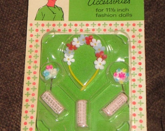 Elite Creations Wendy Accessories Hair Items Mint on Card