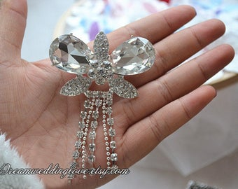 1pc Butterfly tassels Rhinestone Brooch pin Embellishment Crystal Clear Wedding Dangle Brooch Bouquet Invitation Bridal Hair Comb Shoe
