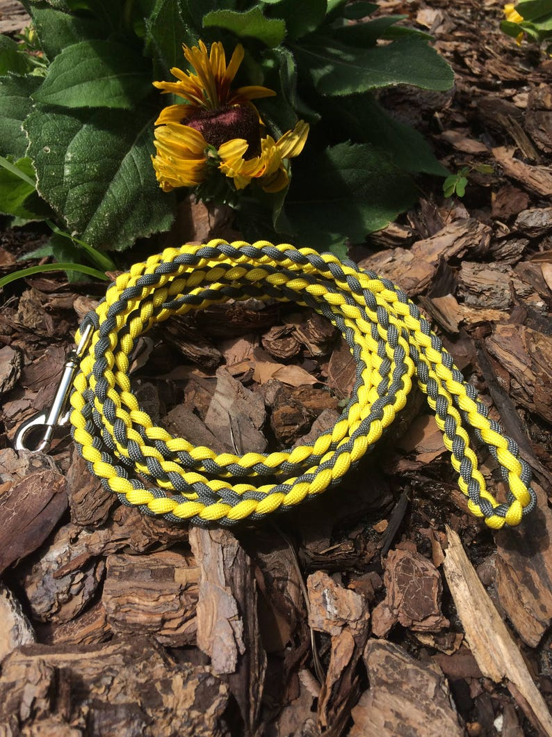 4-strand round braid leash- Custom round braid paracord leash, you select  length and color, made to order