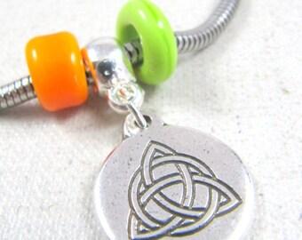 Charm's Celtic Triangle bracelet - 925 Silver finish
