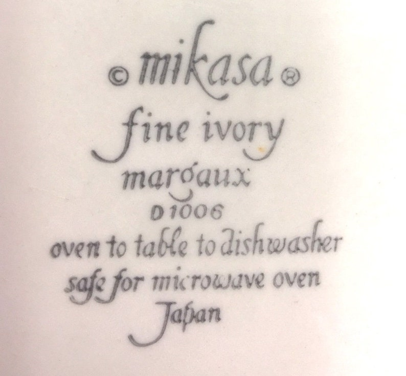 4 Soup Bowls Mikasa Fine Ivory Marqaux ROUND SERVING BOWL /&