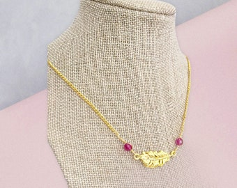 gold feather necklace, gold leaf necklace, gold pendant necklaces for women, gold minimalist necklace, gold minimalist jewelry, wire wrapped