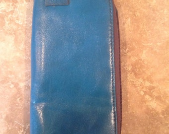 Turquois leather wallet