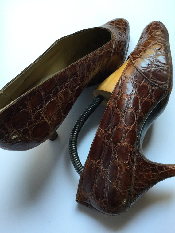 Vintage 1940s Brown Leather Woman Shoes