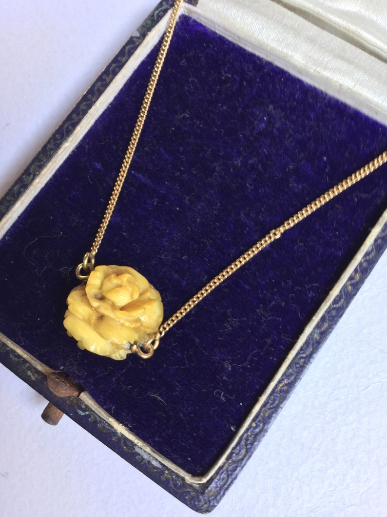 Antiques Victorian 18k 18ct Chain Carved Bone Rose Pendant