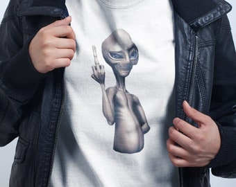 ALIEN T-SHIRT   / Premium Quality ! - Made in London / Fast Delivery to the Usa , Canada , Australia & Europe !