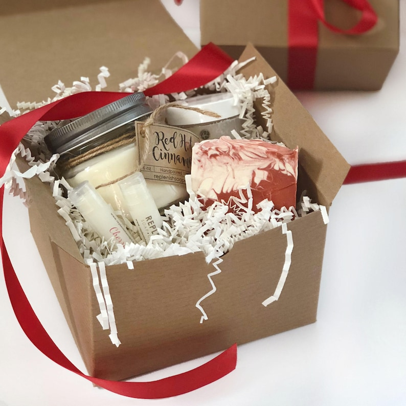 Bridesmaid Gift Handmade Soap Soy Candle Cranberry Gift image 0