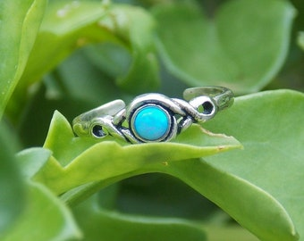 Light Blue Opal Twist Toe Ring, Adjustable Toe Ring, 925 sterling Silver Toe Ring, Dainty Toe Ring, October Birthstone, Minimalist Toe Ring