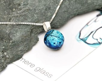 Glass pendant-glass jewelry-Egyptian glass-Sterling silver chain-jewellery gifts-unique jewelery-Dutch glass-birthday gift-fused jewelery
