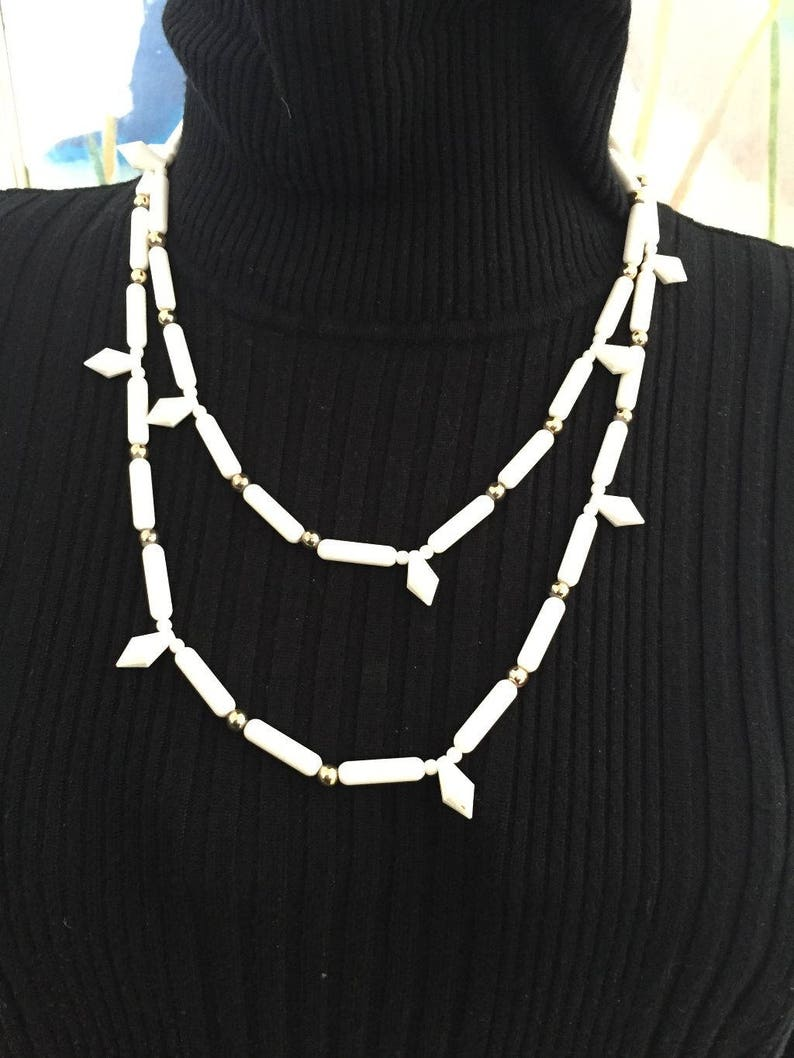 1970/'s Estate Off White /& Gold Beaded Plastic Long  Necklace  48R