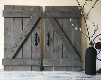BARN DOOR DECOR, Set Of 2 (large), Rustic Barn Door, Barn Door Wall  Hanging, Farmhouse Chic, Modern Farmhouse Decor, Farm Barn Door