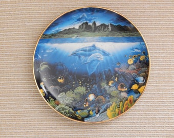 """Danbury Mint """"Underwater Paradise"""" Plate Series by Robert Lyn Nelson, Mint Collectible Decorative Plate from 1991"""