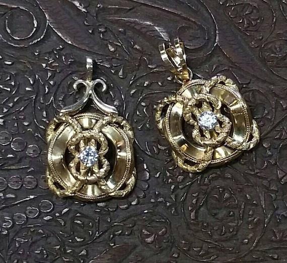 14K Gold and Diamond Nautical Life Preserver Penda