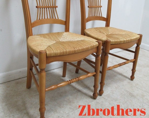 Pair Hickory Chair Company Fan Back Windsor Rush Seat Dining Room Side Chairs B