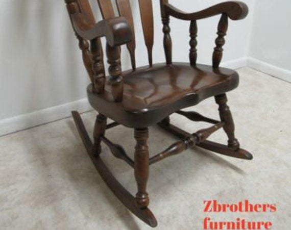 Vintage Rocking Rocker Chair LZ KAMMAN CO Pine Hitchock Paint Decorated