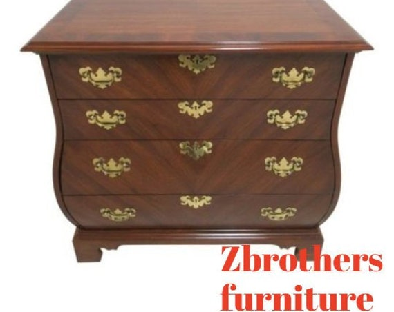 Weiman Sepentine Bachelors Chest Bombay Commode Dresser