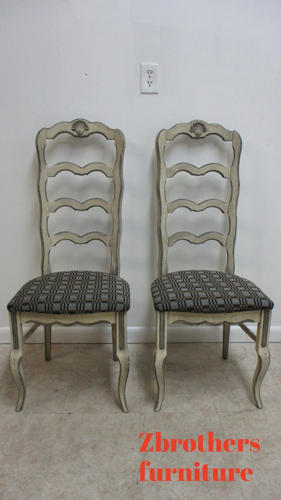 2 Vintage French Country Dining Room Side Chairs Ladder back Paint Decorated A