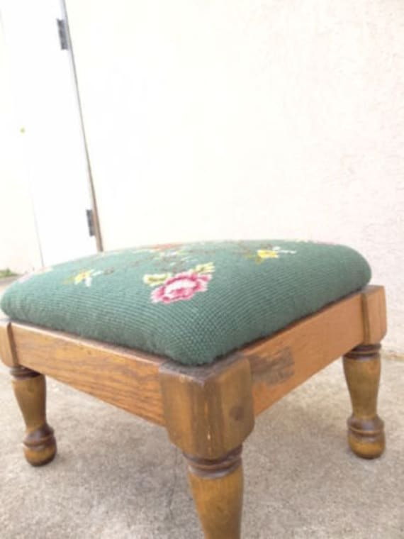 Outstanding Antique Needle Point Petite Foot Stool Ottoman Bench Green Floral Pdpeps Interior Chair Design Pdpepsorg