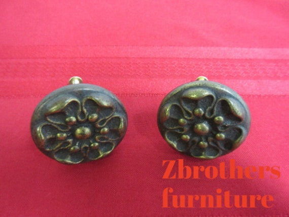 Henredon Four Centuries Country French Dresser Hardware Handle Pulls A