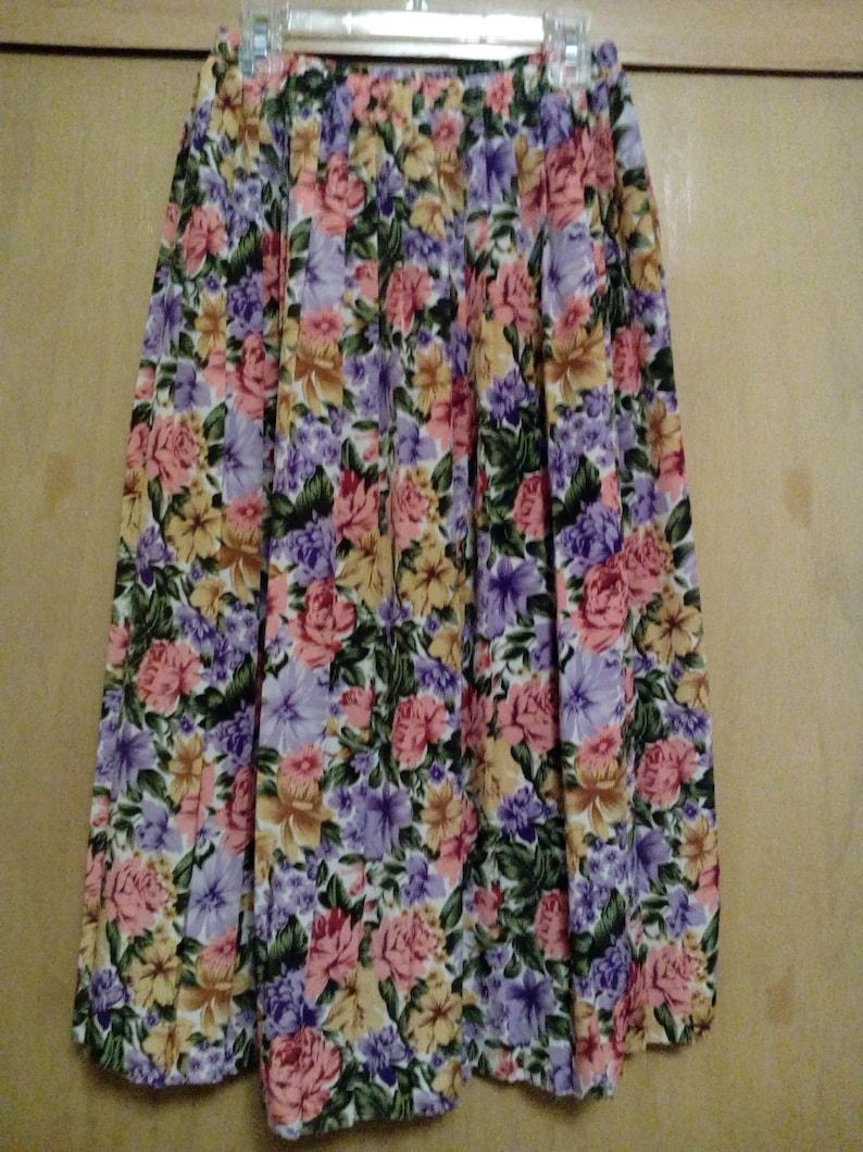 5daac2098974 80s/90s Flower Pattern Pleated Maxi Skirt/Maxi Skirt/Flower | Etsy