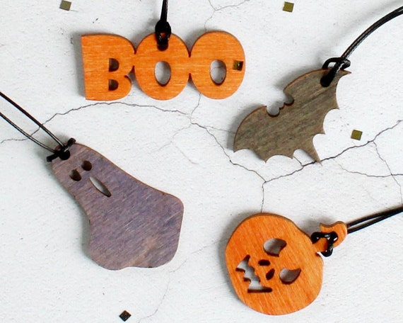 Halloween Decorations Wooden decorations Halloween party  5eb3f3db87c1