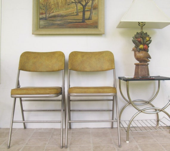 Enjoyable Vintage Folding Chair Set Mustard Yellow Padded Vinyl Tan Samsonite Furniture Office Waiting Room Extra Seating Theyellowbook Wood Chair Design Ideas Theyellowbookinfo
