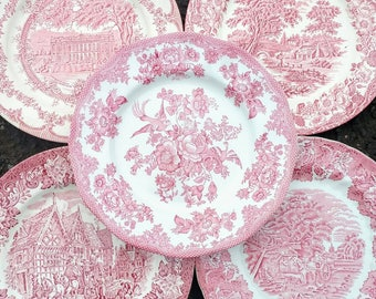 4 pcs Vintage Mismatched Dinner Plates, Willow Pattern, Pink and White Dinner Plates, Country Scene Wedding Crockery Mad Hatters Tea Party