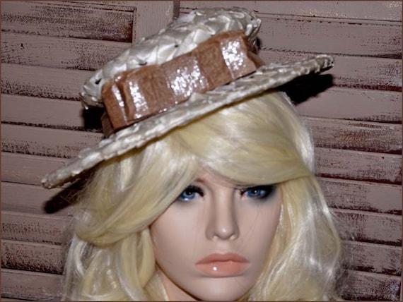 Ivory Cellophane Straw Hat, Ivory Wide Brimmed Ha… - image 1